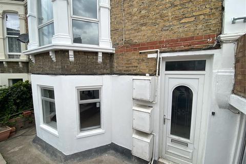 2 bedroom apartment to rent - Musgrove Road, Telegraph Hill, London, SE14