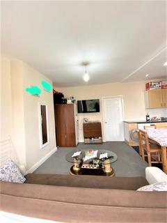 1 bedroom flat to rent - NORFOLK RD, SEVEN KINGS IG3