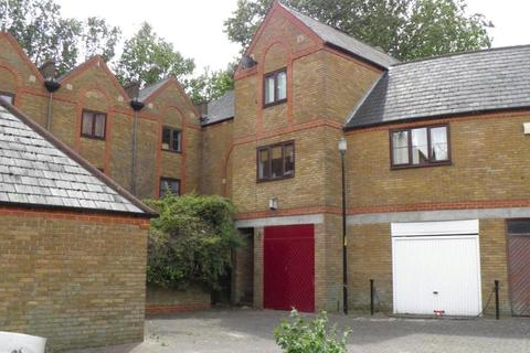 3 bedroom house to rent - Brunswick Quay, London, SE16