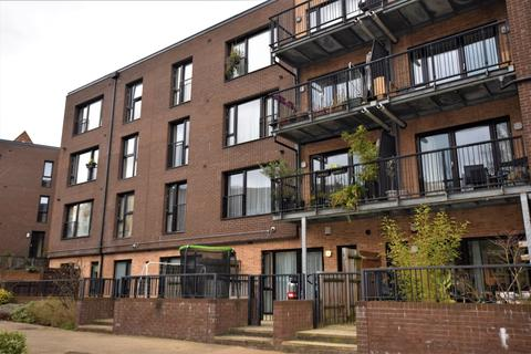 1 bedroom flat to rent - Lynton Road London SE1
