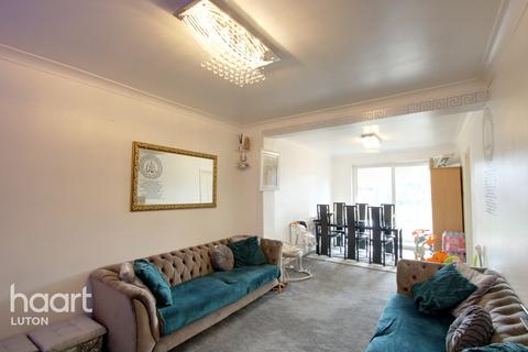 4 bedroom semi-detached house for sale - Chandos Road, Luton