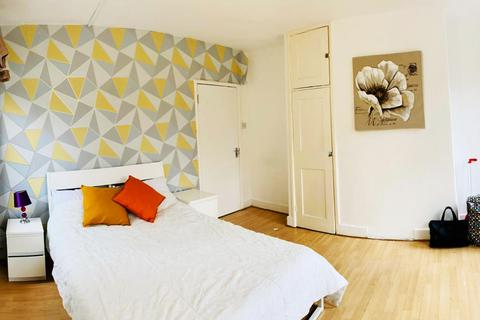 1 bedroom flat to rent - Shelley House, E2