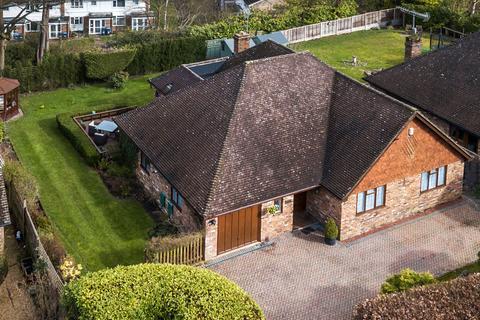 3 bedroom detached bungalow for sale - Sandhill Lane, Crawley Down