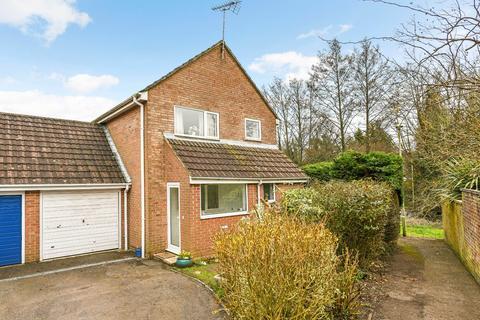 3 bedroom link detached house for sale - Stoneham Close, Petersfield