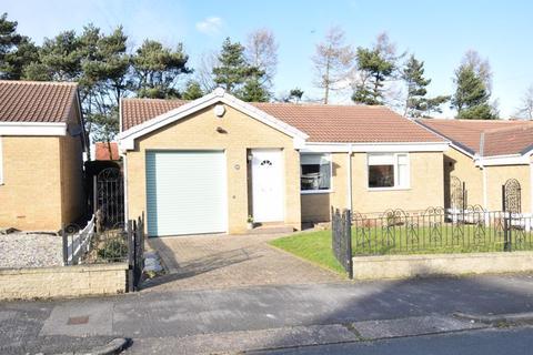 2 bedroom detached bungalow for sale - Glenfield Drive, Kirk Ella