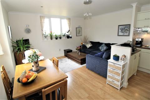 2 bedroom flat for sale - Suffolk Road, Bournemouth,