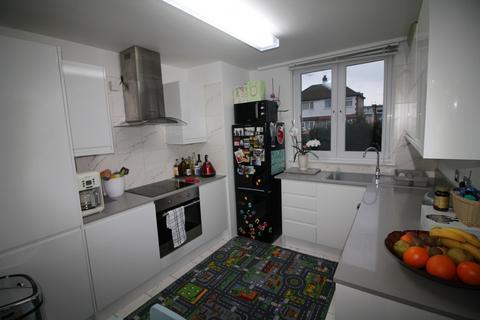 2 bedroom flat for sale - King Street, London, E13
