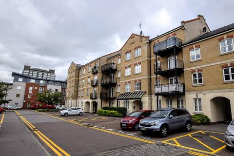 2 bedroom apartment for sale - Coxhill Way, Aylesbury
