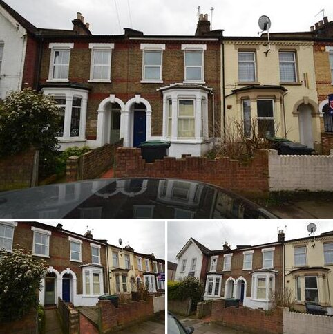 4 bedroom terraced house to rent - Tynemouth Road, London, N15