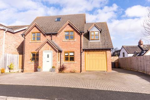 5 bedroom detached house for sale - Moor Croft, Colton, Rugeley, WS15