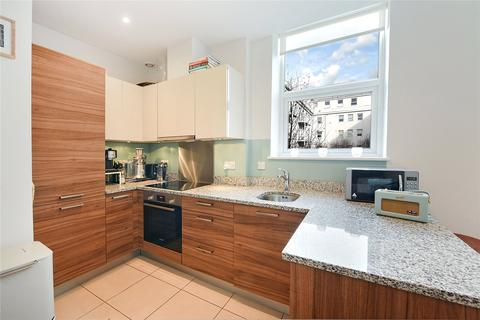 1 bedroom flat to rent - Bromyard House, Bromyard Avenue, London, W3