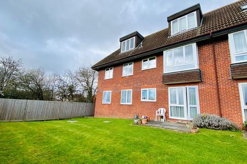 2 bedroom ground floor flat for sale - Woodcock Hill, Kenton, HA3