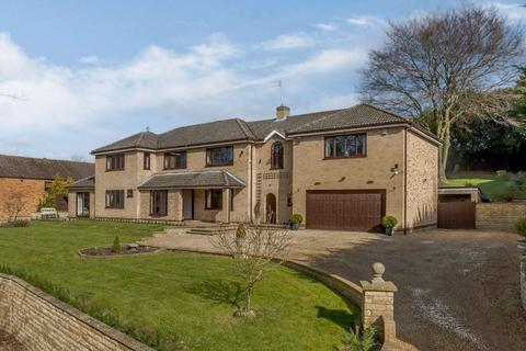 6 bedroom detached house for sale - Old Rectory Drive, Thornhaugh, Peterborough, PE8