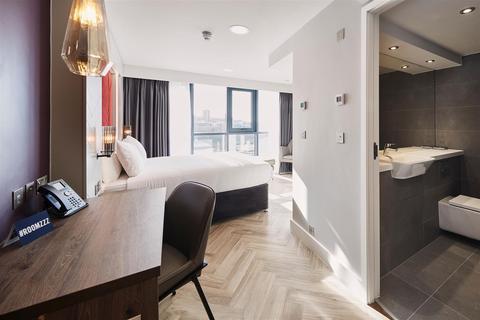 Studio to rent - Roomzzz Aparthotel, Newcastle City