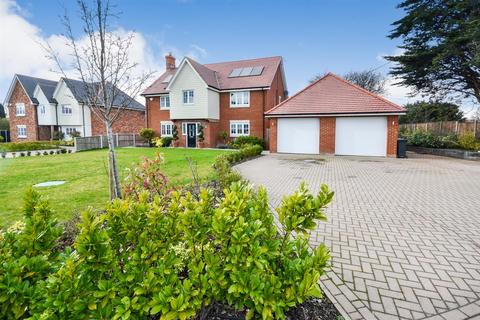 5 bedroom detached house for sale - Murrayfields, Burnham-On-Crouch