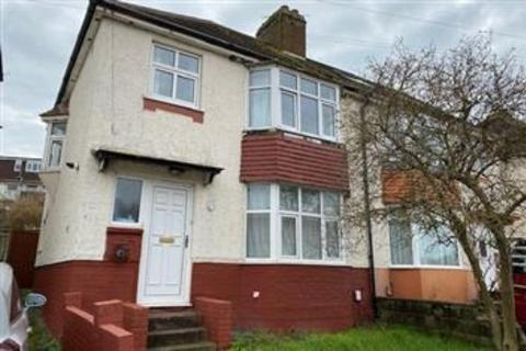 4 bedroom private hall to rent - Lower Bevendean Avenue, Brighton