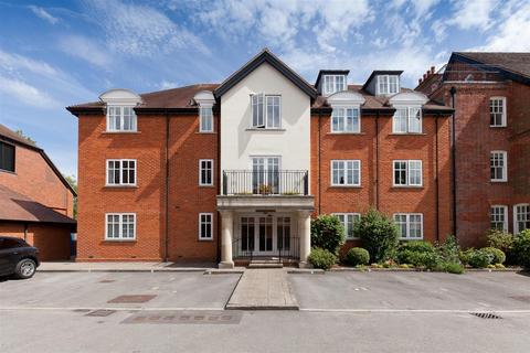 2 bedroom flat to rent - Crane Bridge Road, Salisbury