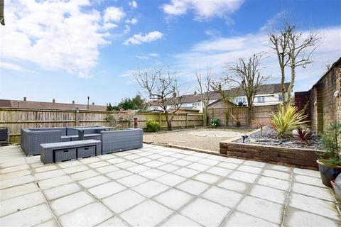 4 bedroom end of terrace house for sale - Gloucester Road, Crawley, West Sussex