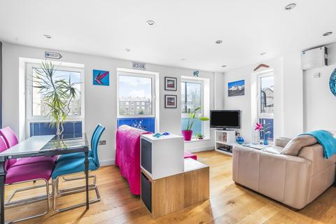 1 bedroom flat for sale - Greenwich High Road Greenwich SE10