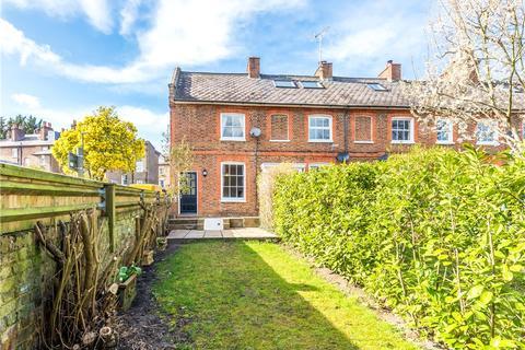 3 bedroom end of terrace house for sale - Linden Cottages, Oldfield Road, SW19