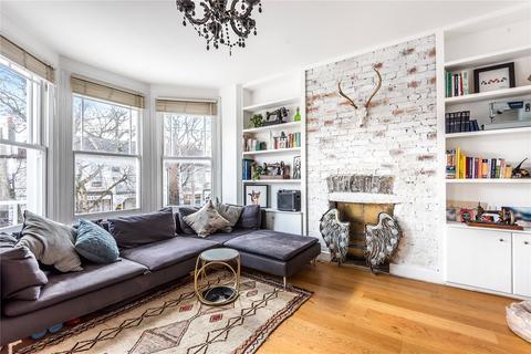 2 bedroom flat for sale - Sylvan Avenue, Wood Green, London, N22