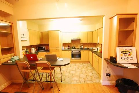 3 bedroom apartment to rent - Tower House, Newcastle Upon Tyne