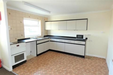 2 bedroom apartment to rent - Flat Above Letterston Village Stores, 73 St Davids Road, Haverfordwest