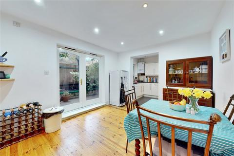 6 bedroom terraced house for sale - Brayburne Avenue, Clapham, SW4