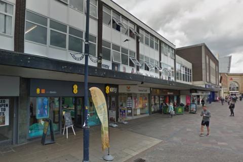 Workshop & retail space to rent - Warrington Street, Ashton-under-Lyne, OL6