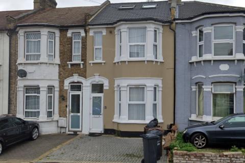 8 bedroom house share to rent - Park Avenue, Barking IG11