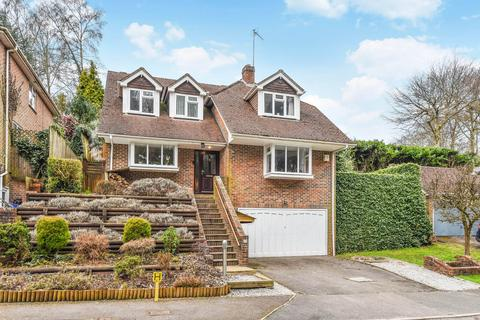 4 bedroom detached house for sale - Clovelly Park, Hindhead