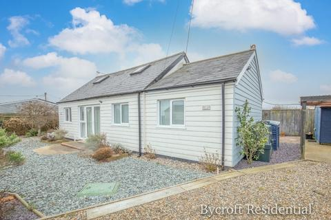 3 bedroom detached bungalow for sale - Long Beach Estate, Hemsby