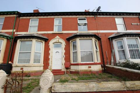 Studio to rent - Sherbourne Road, Blackpool