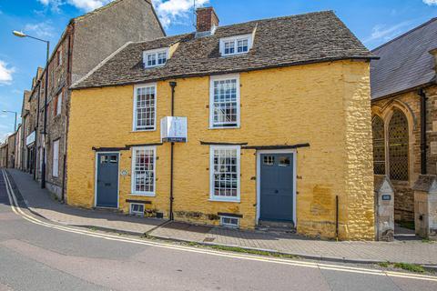3 bedroom cottage for sale - Triangle, Malmesbury