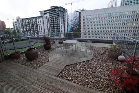 3 bedroom apartment to rent - Royal Arch Apartments Wharfside Street