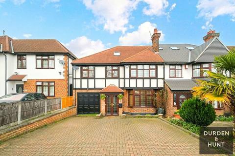 5 bedroom semi-detached house for sale - Palmerston Road, Buckhurst Hill