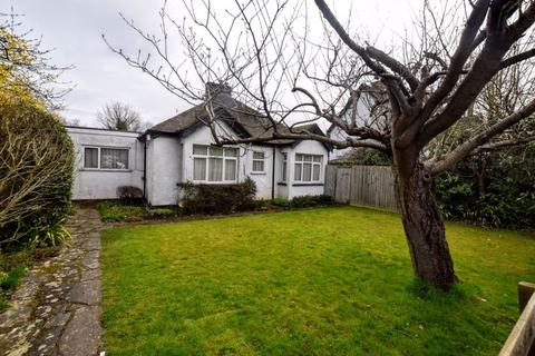 2 bedroom semi-detached bungalow for sale - Wendover Road, Weston Turville