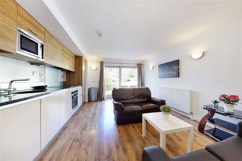 2 bedroom flat to rent - Renaissance Walk, Greenwich, London, SE10