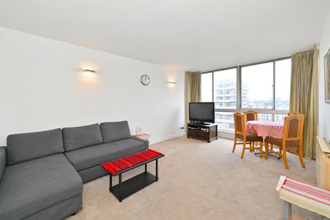 2 bedroom flat to rent - The Quadrangle, Bayswater, W2