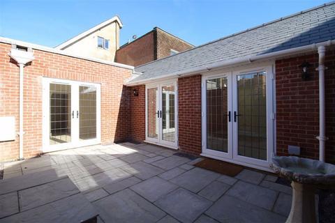1 bedroom bungalow for sale - Parkside Walk, New Milton, Hampshire