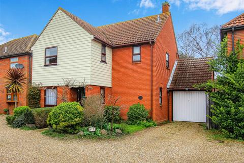 3 bedroom detached house for sale - Hardings Reach, Burnham-On-Crouch