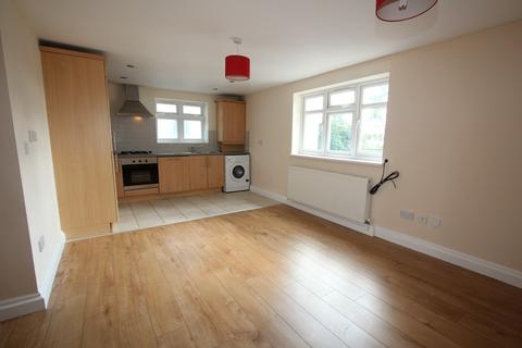 2 bedroom flat to rent - Staines Road West, Ashford, TW15