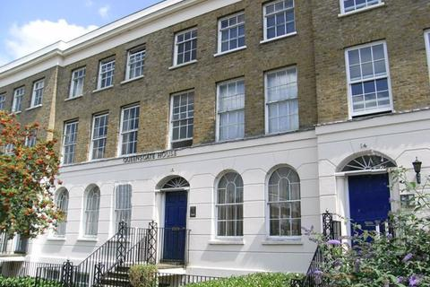 1 bedroom apartment to rent - Queensgate House