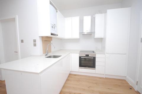 1 bedroom apartment to rent - Laurel Avenue, Twickenham