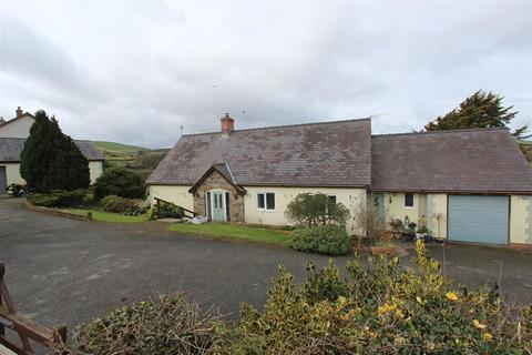 4 bedroom detached bungalow for sale - Cefn Berain, Llannefydd, Denbigh