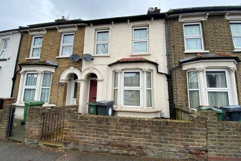 2 bedroom terraced house to rent - Queens Road, Walthamstow, E17