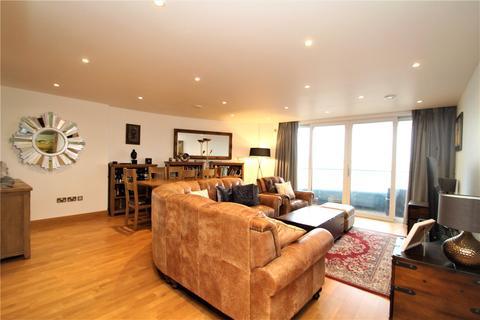 3 bedroom apartment for sale - The Hamptons, Gillingham Marina, Pier Road, Kent, ME7