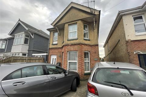 3 bedroom apartment to rent - Wallisdown Road, Poole, BH12
