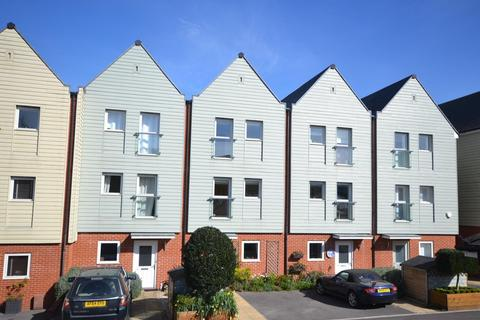 3 bedroom terraced house for sale - John Rennie Road, Chichester, PO19