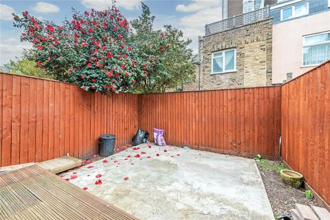 1 bedroom flat to rent - Greyhound Road, London